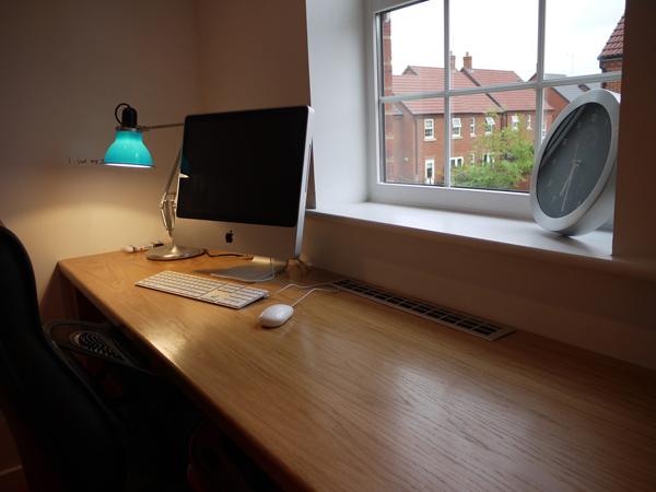 Gallery of 30 Modern iMac Computer Desk Arrangement