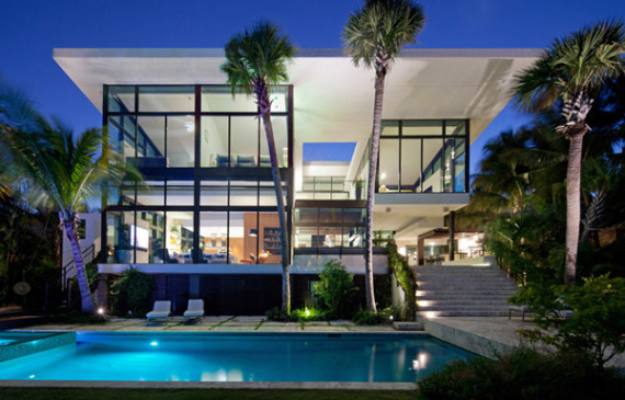 coral-gables-residence-with-modern-pool