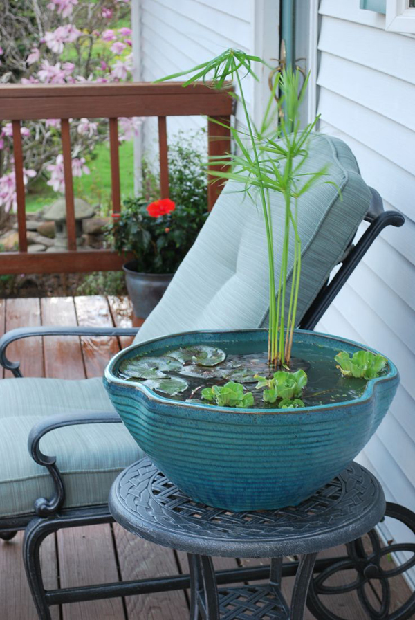 Mini ponds patio table for Garden table fish pond