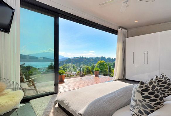 amazing beach style bedroom furniture   modern-bedroom-with-beach-view