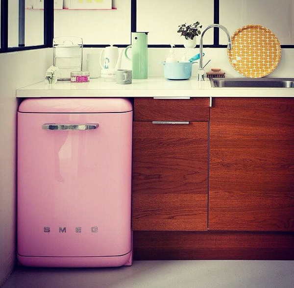 20 Retro SMEG Fridges For Small Kitchens