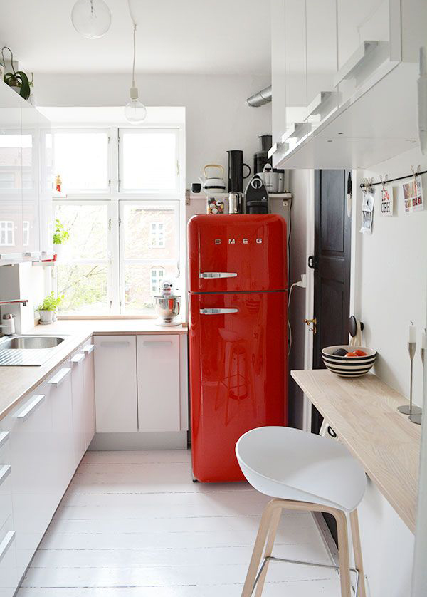 Phenomenal Red Smeg Fridge For Kitchens Home Design And Interior Download Free Architecture Designs Scobabritishbridgeorg