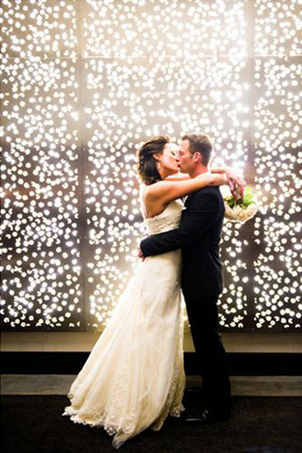 Twin Wall Lights With Pull Cord : 30 Romantic Alternative Wedding Backdrops Home Design And Interior