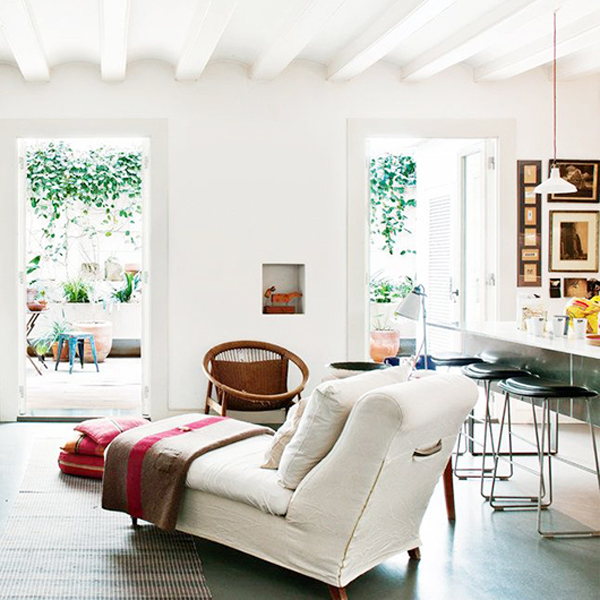 Cozy And Stylish House In Barcelona | Home Design And Interior