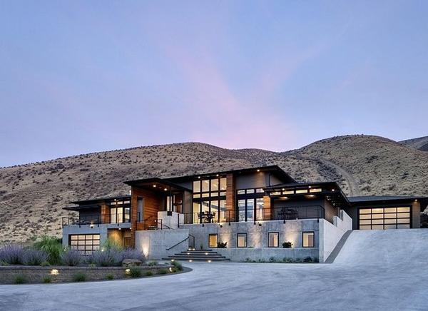 Industrial mountain house design Mtn house