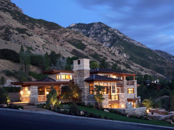 Mountain house with street view for Mtn house