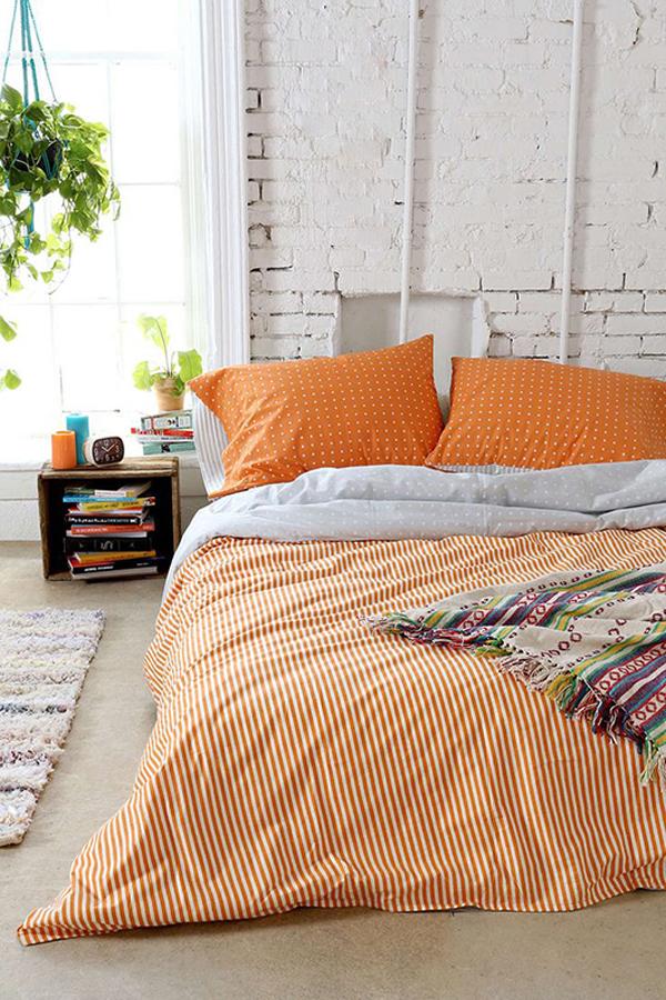 Orange bedroom color