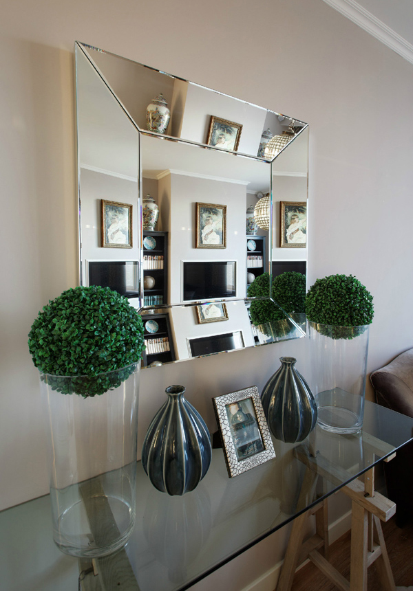 Beautiful Apartment Mirrors