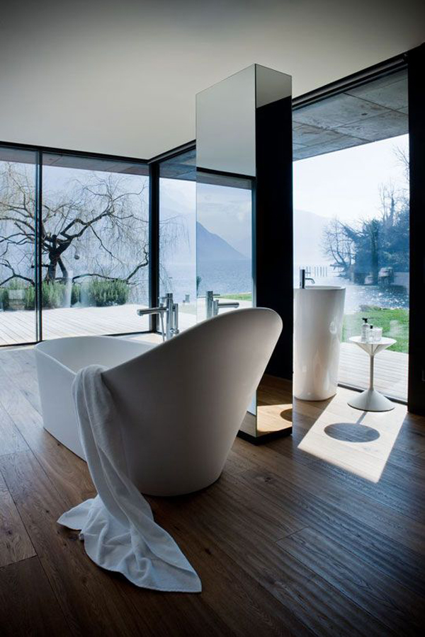 Modern Bathroom With Nature View