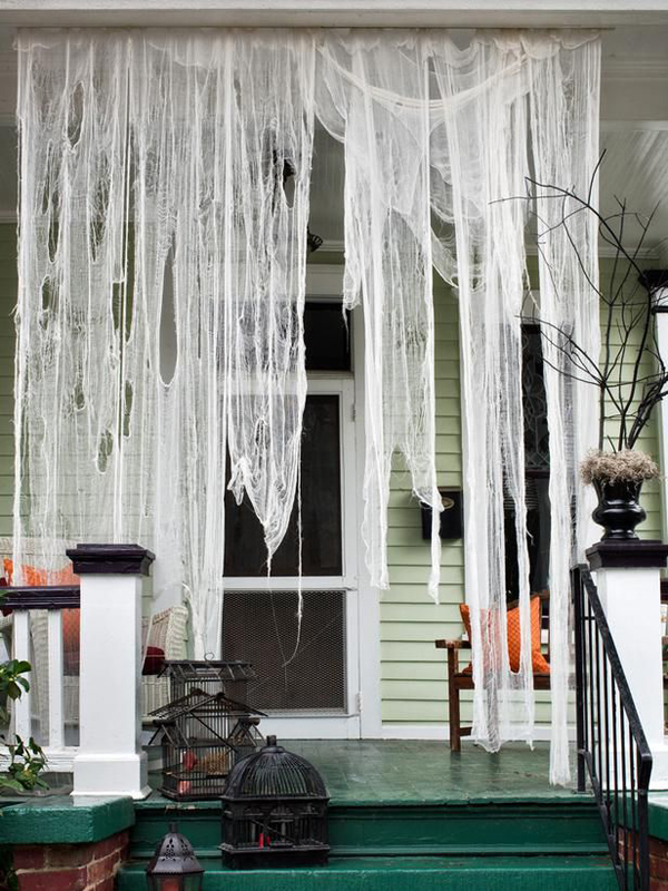 Outdoor Halloween Ghost House Decoration: scary halloween decorating ideas inside