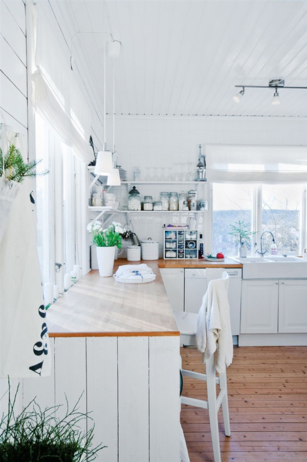 Pretty Scandinavian Kitchen Design