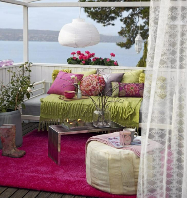 20 colorful balcony ideas for summer home design and. Black Bedroom Furniture Sets. Home Design Ideas