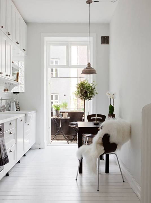 white scandinavian kitchens : white scandinavian kitchens from homemydesign.com size 600 x 807 jpeg 192kB