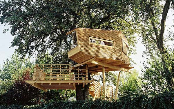 Wooden treehouse design for Treehouse designers