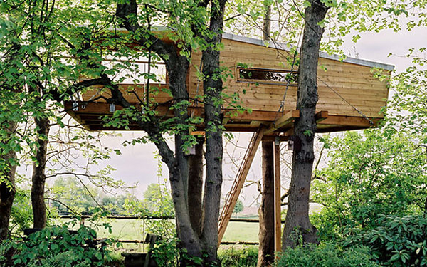 20 modern tree houses by baumraum home design and interior for Modern tree house plans