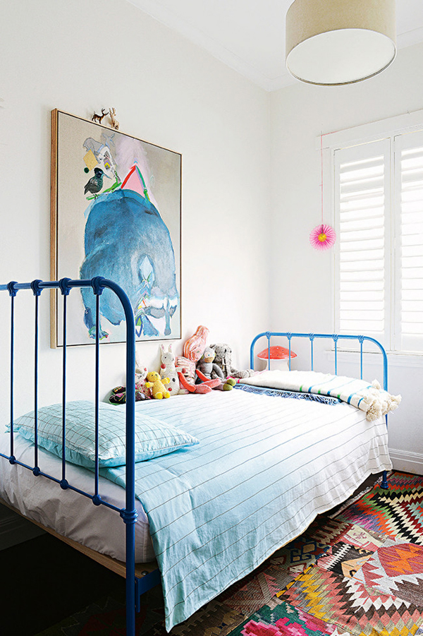 Colorful melbourne apartment from miranda skoczek home for Apartment design melbourne