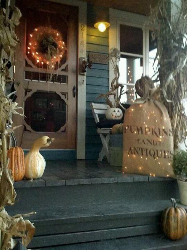 country-halloween-front-door