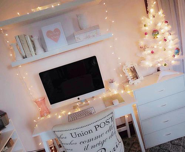 girly-christmas-workspace