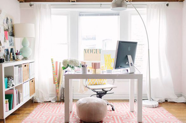 girly-girl-workspace-ideas