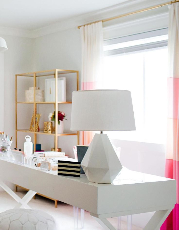 girly-workspace-lamp