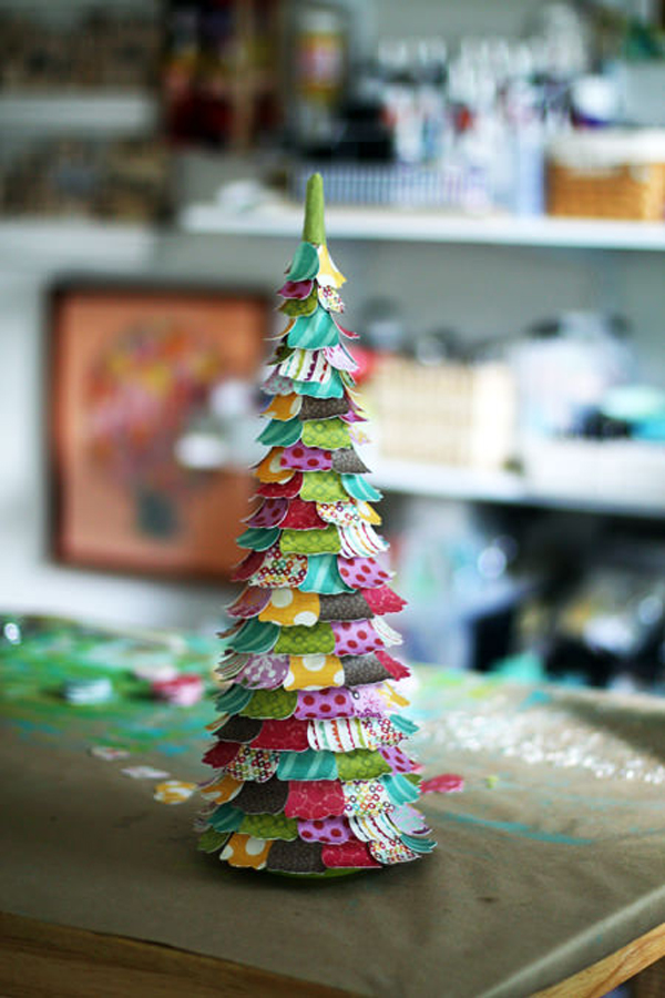 Small paper christmas trees for Small designer christmas trees