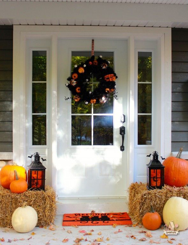 Wreath Halloween Front Door Design