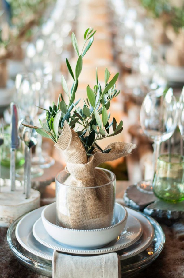 Tiny christmas table setting ideas Christmas place setting ideas