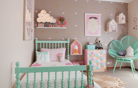 vintage-kids-room-for-Holly-and-Asher