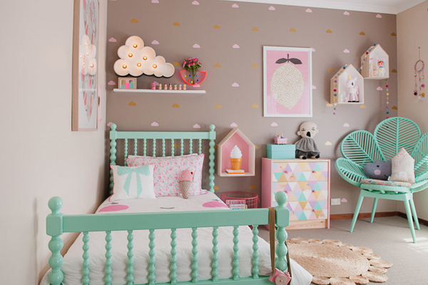 Vintage kids room for holly asher home design and interior - Deco chambre de fille ...