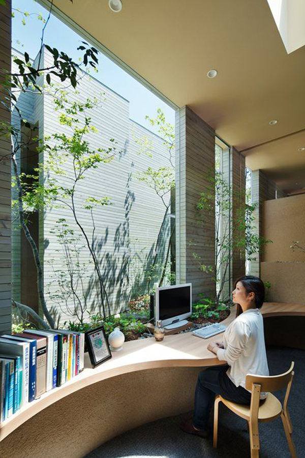 glass outdoor workspace