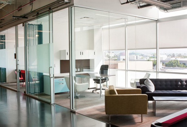 Google youtube office with lounge areas for Office lounge design