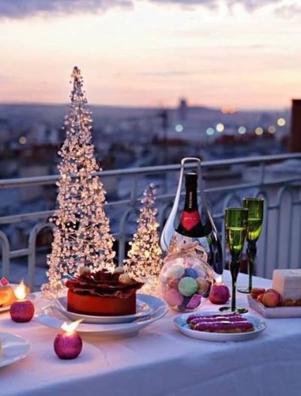 20 Awesome Christmas Balcony Ideas Home Design And Interior