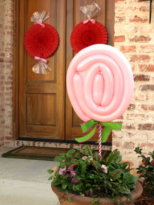 20 Romantic Outdoor Valentine Decorations Home Design