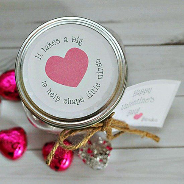15 Cute Valentine Gifts For Girl
