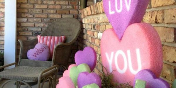 outdoor-valentine-porch-design