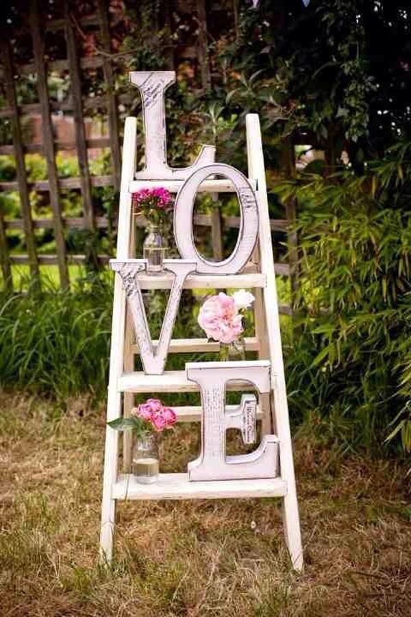 20 romantic outdoor valentine decorations home design for Romantic outdoor decorating ideas