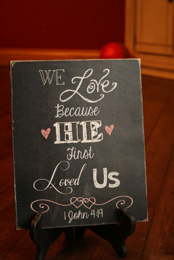 Let S Look At 15 Chalkboard Ideas For Valentine S Day Chalkboard Mean Black Canvas Ready For Your Creations And What You Do On Valentine S Day Is Only