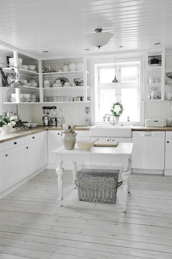 white farmhouse kitchen design