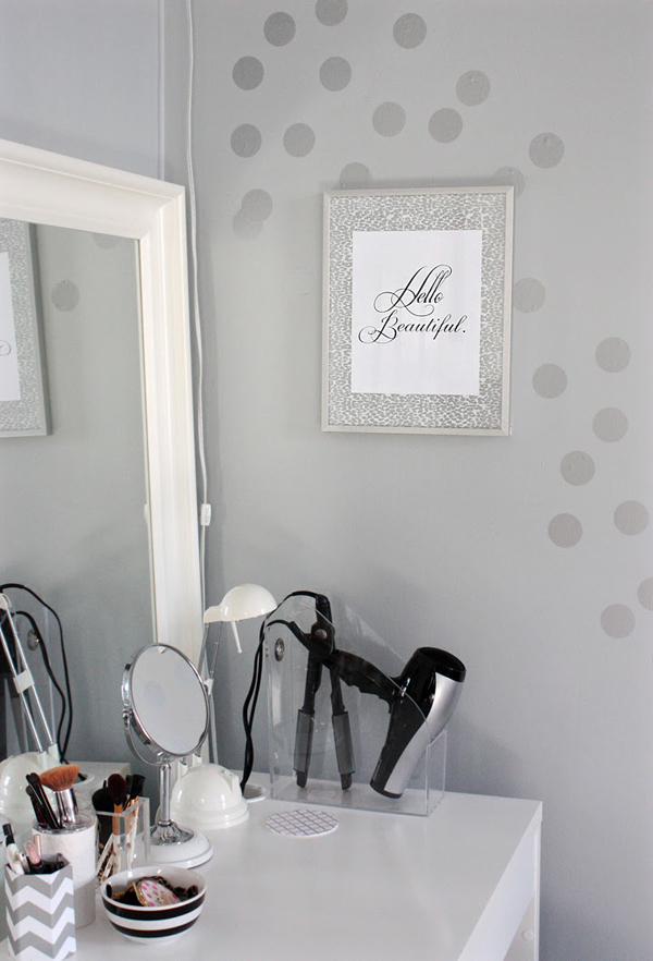 Diy ikea dressing area for tiny bedrooms home design and for Dressing area designs