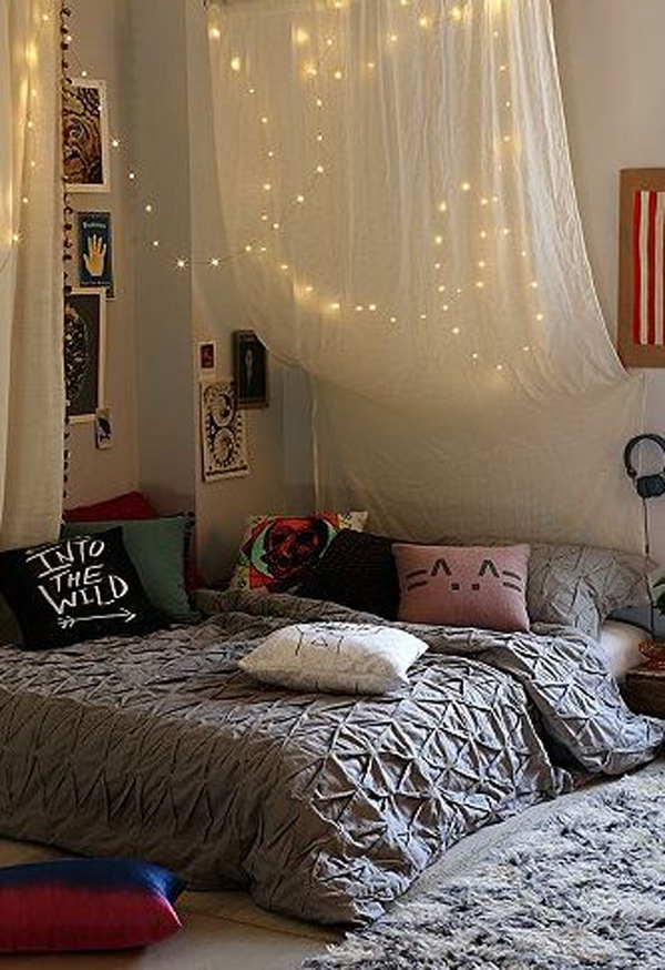 Dorm Canopy Bed Decoration