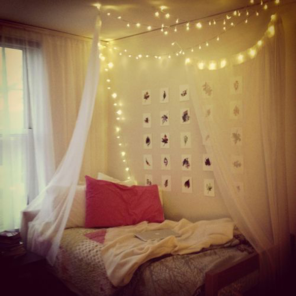 20 DIY Dorm Canopy Beds  Home Design And Interior ~ 062429_Dorm Room Canopy Ideas