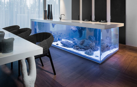 ocean-kitchen-island-with-aquarium