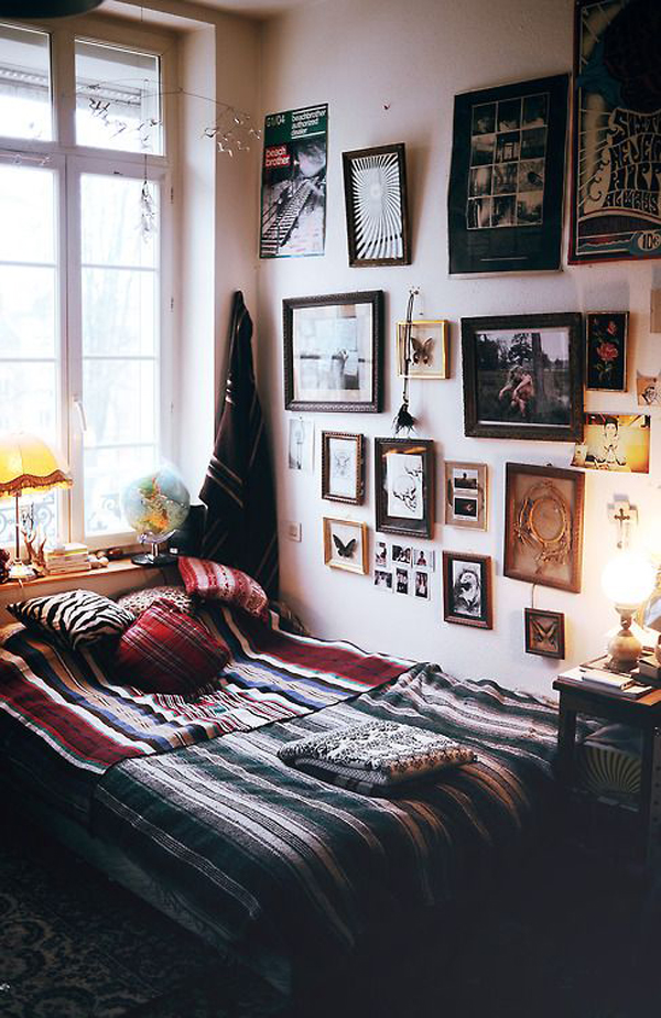 10 Casual Indie Bedroom Ideas | HomeMydesign on Room Decor Indie id=93585