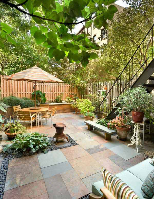 Small backyard garden ideas for Decorating small patio spaces