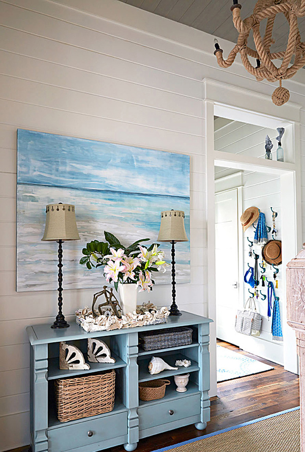 - Beach-house-staging-area-with-rope-chandelier