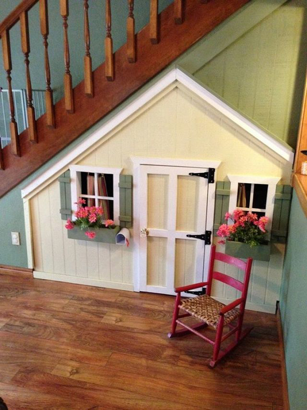 10 amazing kids playhouses under the stairs home design for Interior playhouse designs
