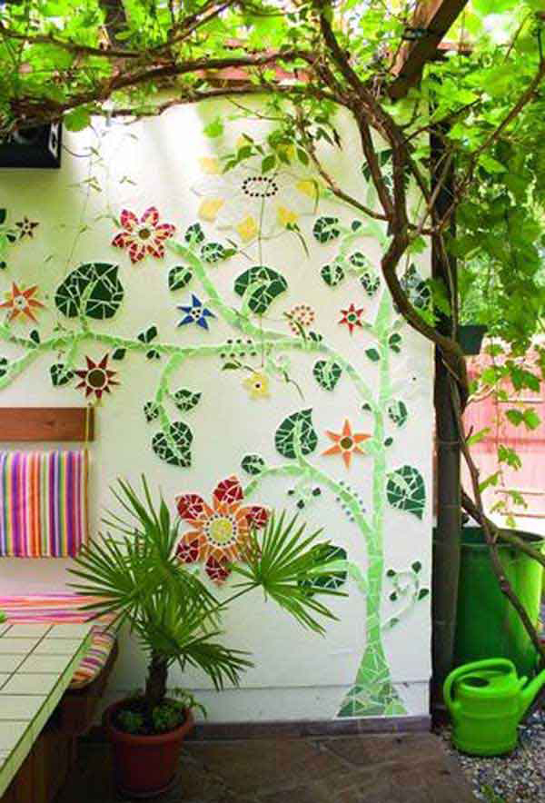 10 Beautiful DIY Garden Mosaic Projects | HomeMydesign on Outdoor Garden Wall Art Ideas id=60861