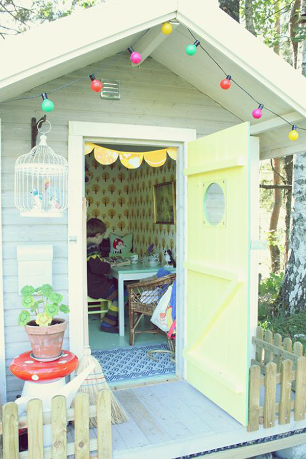 Outdoor boys playhouse ideas for Boys outdoor playhouse