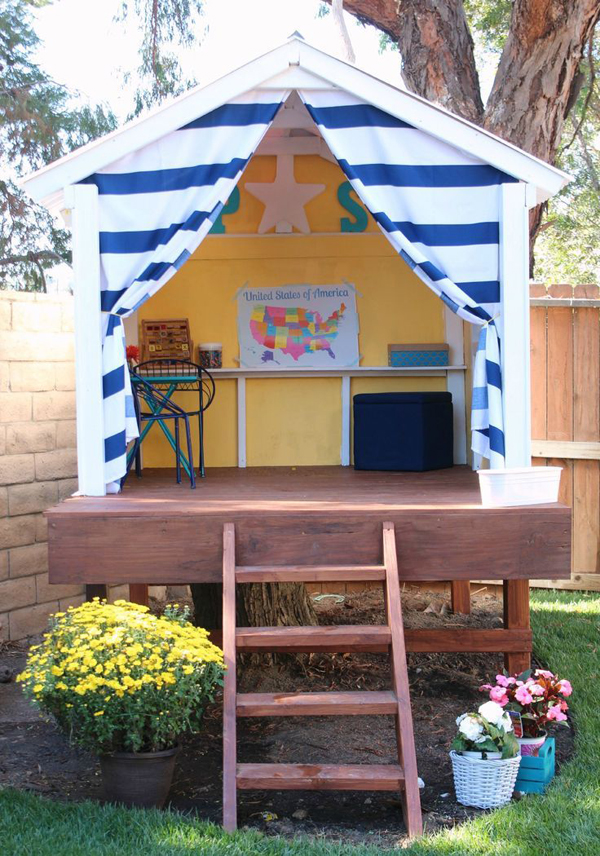 Outdoor playhouses for kids for Childrens play house
