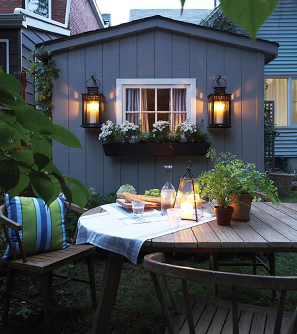 Romantic Cozy Patio Design